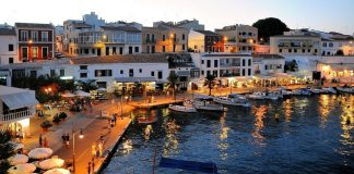 donde alojarse en Menorca